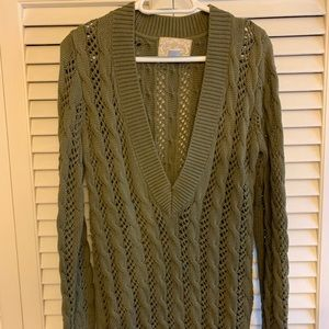 Old Navy Olive Green Tunic VNeck Sweater LG